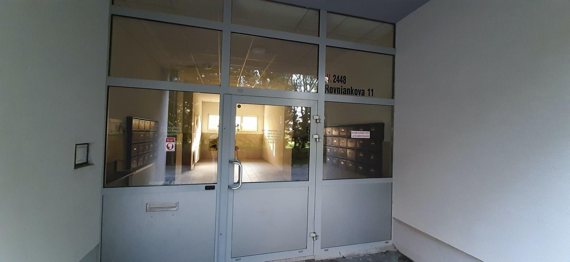 Bytový dom: Rovniankova 9, 11, Bratislava
